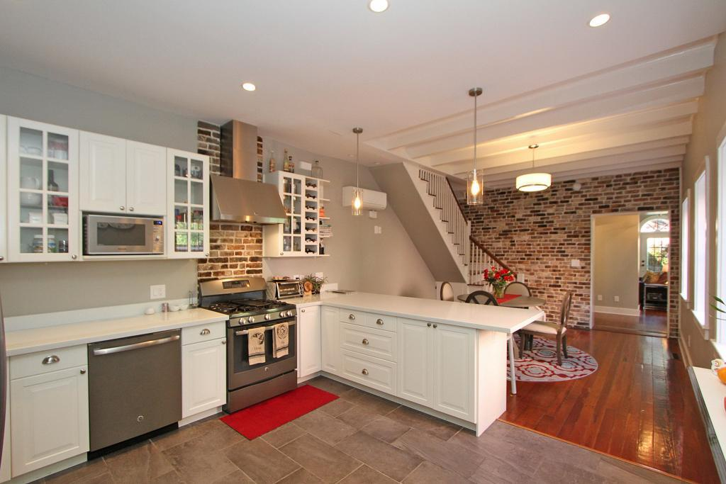 Incredible 24 S Battery Street Apt Carriage House Charleston Sc 29401 Download Free Architecture Designs Itiscsunscenecom