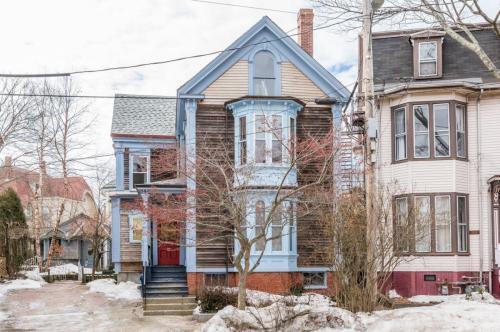 106 Emery Street #2 Photo 1