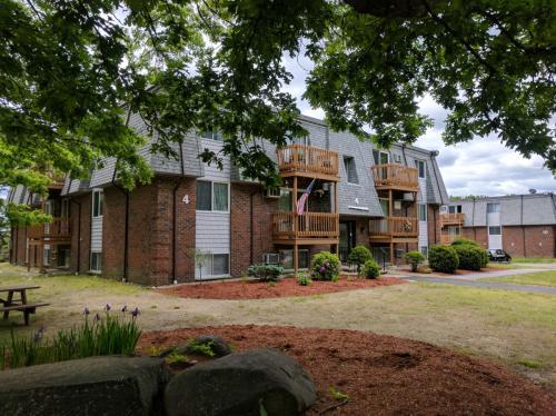 4 Hazelwood Avenue Photo 1