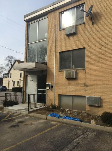 1415 Wyandotte Avenue Photo 1