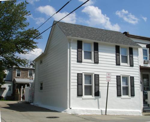 3439 Pleasant Place Photo 1