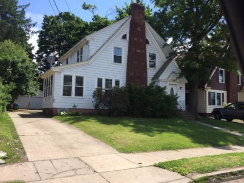 398 Center Street Photo 1
