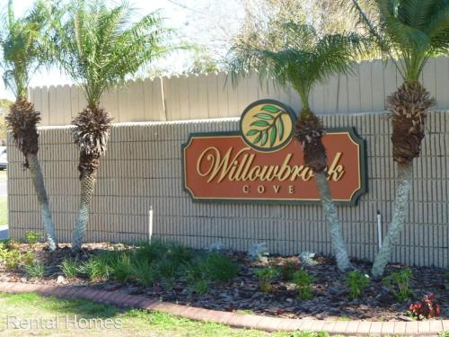 Willow Leaf Court Photo 1
