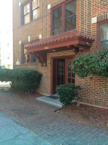 144 E 21st Street Photo 1