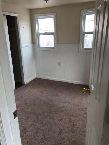 215 W Milton Street Photo 1
