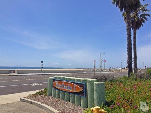 381 E Surfside Drive Photo 1