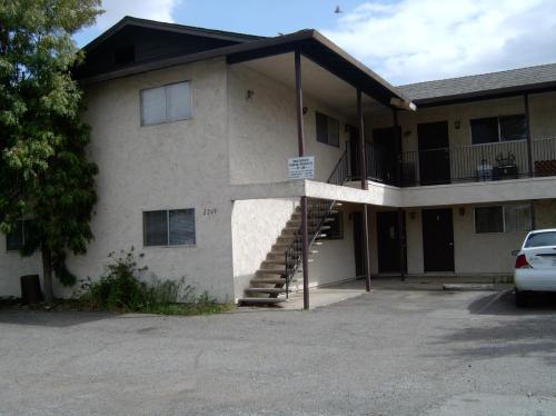 2269 Shasta Street #5 Photo 1