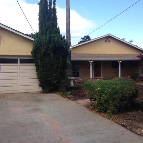 10211 Santa Clara Avenue Photo 1