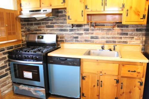 3816 Mary Avenue Photo 1