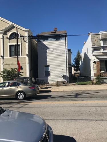435 W 12th Street Photo 1