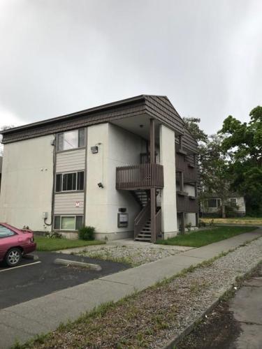 950 E Nora Avenue Photo 1