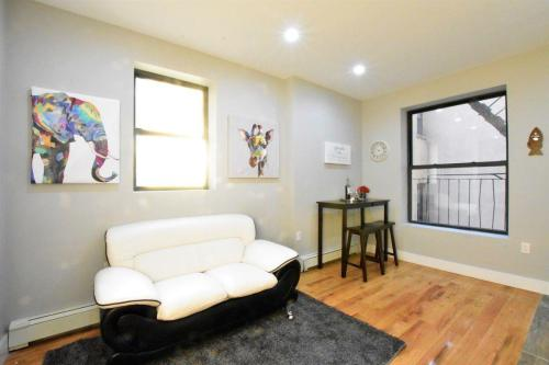 311 Alexander Avenue Photo 1