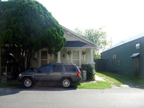 7732 Green Street Photo 1