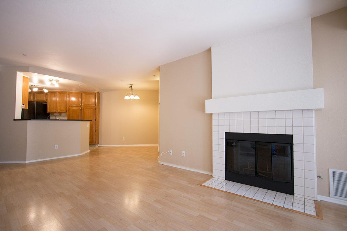 Marvelous 11265 Affinity Court Apt 108 San Diego Ca 92131 Hotpads Complete Home Design Collection Barbaintelli Responsecom
