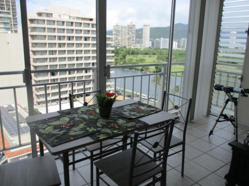 2415 Ala Wai Boulevard #1107 Photo 1