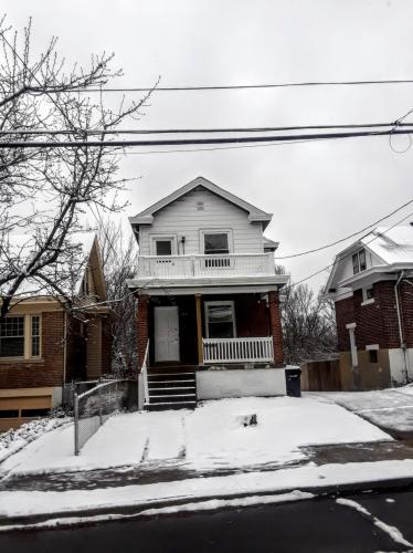 2912 Montclair Avenue Photo 1