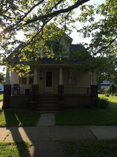 1466 Marion Avenue Photo 1