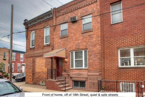 1802 Tree Street Photo 1