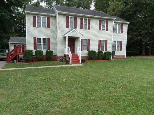 4807 Taylor Brook Lane Photo 1