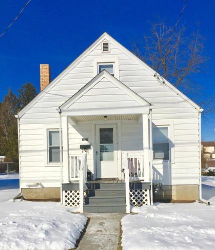 1225 School Street Photo 1