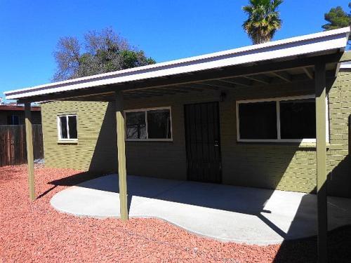 3538 E Monte Vista Drive Photo 1