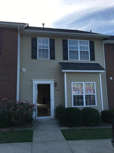 1713 Olivers Crossing Circle Photo 1