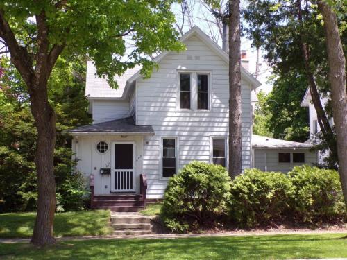 401 S Stewart Avenue #A Photo 1