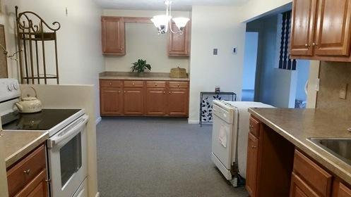 330 Simmonsville Avenue #2D Photo 1