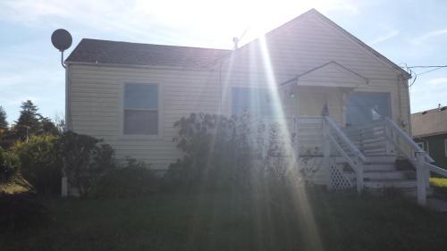 317 W Pine Street Photo 1