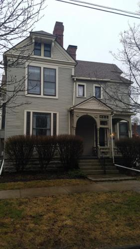 64 N Washington Street Photo 1