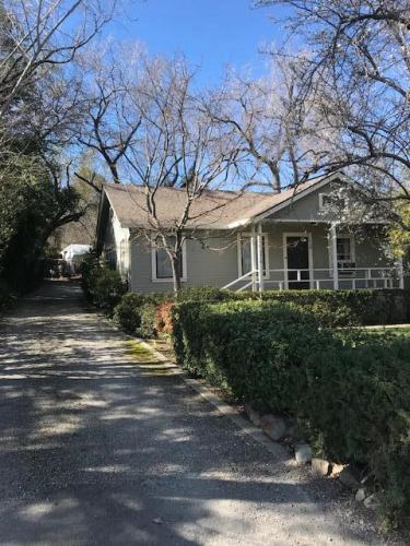 2419 Buena Vista Avenue Photo 1