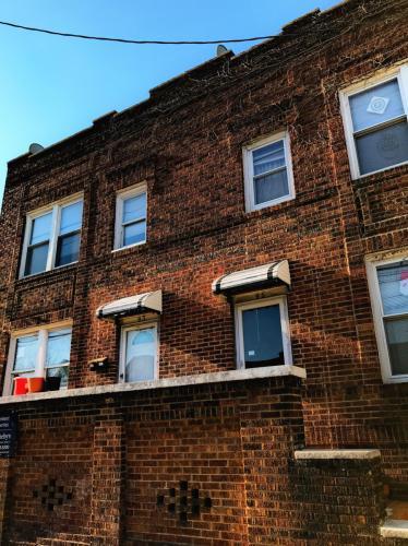 93 Ave E #2 Photo 1