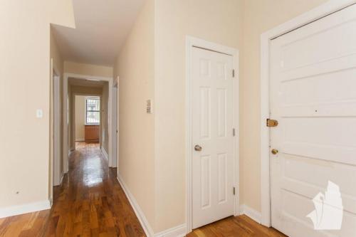 639 W Oakdale Avenue #4A Photo 1