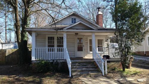 1617 Glenwood Avenue Photo 1