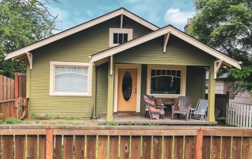 4245 NE Alberta Court Photo 1