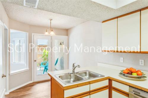 18040 Midway Road #115 Photo 1