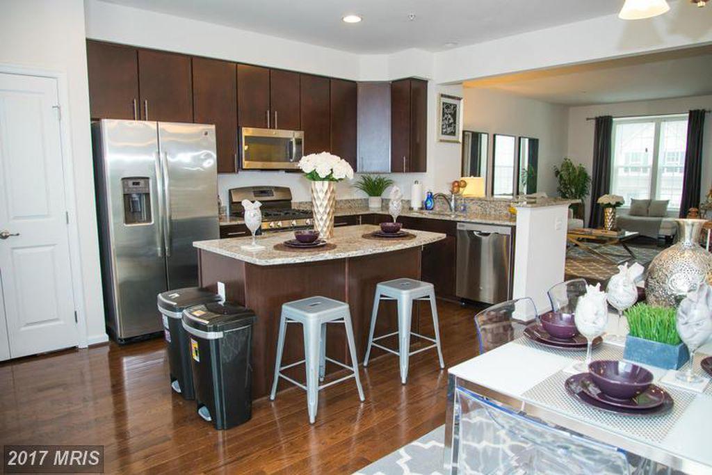 Superb 5357 Blue Crab Lane Waldorf Md 20602 Hotpads Home Interior And Landscaping Eliaenasavecom