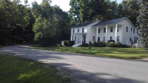 148 Clark Road Photo 1
