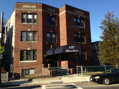 435 Walnut Avenue Photo 1