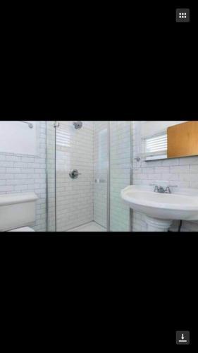 71 Vanderwater Avenue #WHOLE HOUSE Photo 1