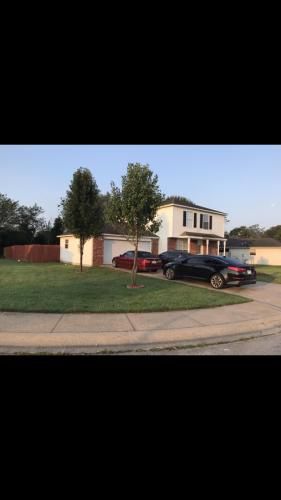 900 W Green Acres Place Photo 1