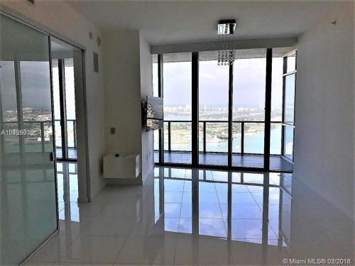 1100 Biscayne Boulevard Photo 1