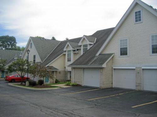 6868 N Green Bay Avenue Photo 1