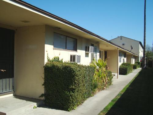 6134 Hazelhurst Place #12 Photo 1