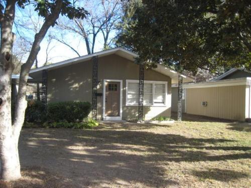 404 Eason Place Photo 1