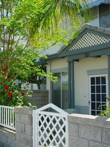 101 Coronado Cay Lane Photo 1