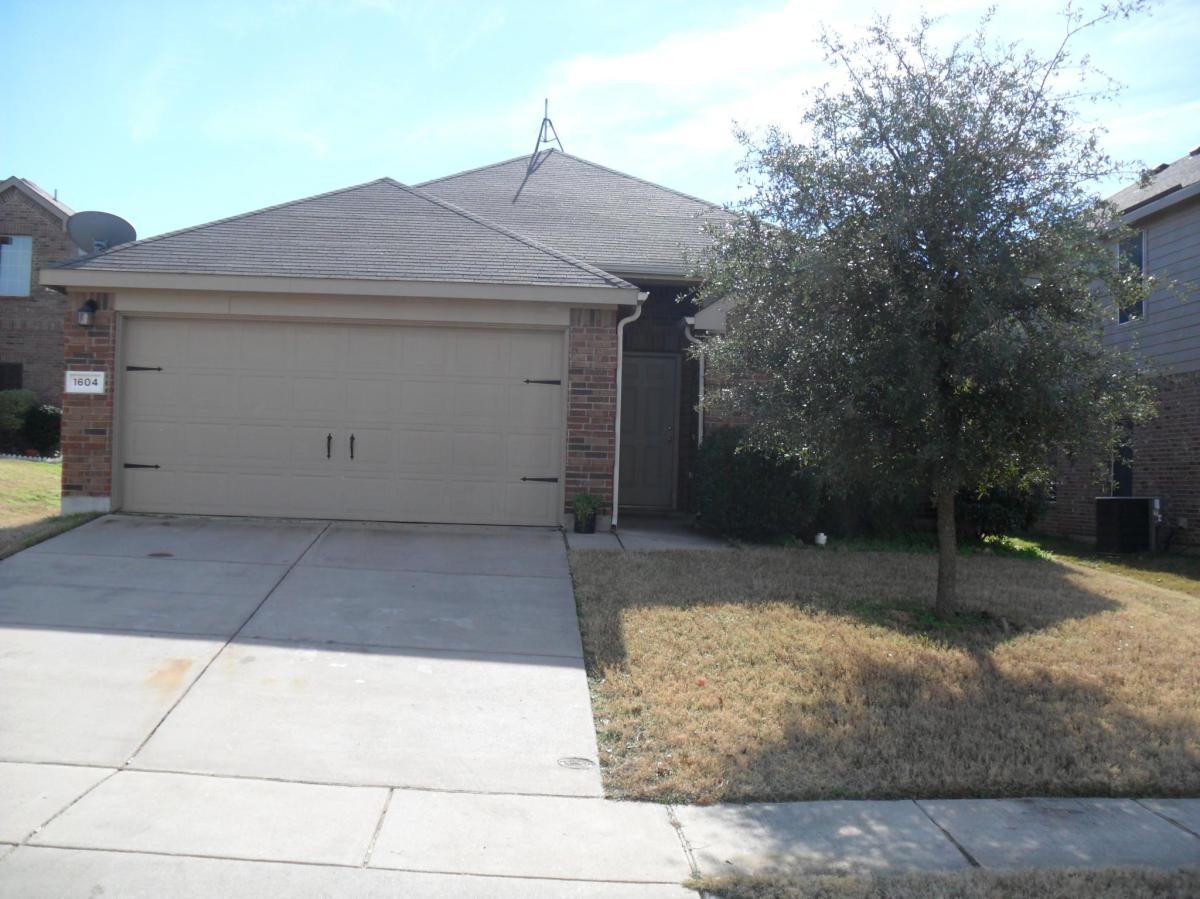 1604 Queens Brook Court, Fort Worth, TX 76140 | HotPads