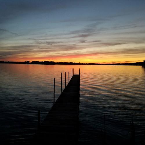 3990 Sunset Drive Photo 1