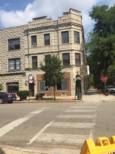 1062 W Polk Street Photo 1