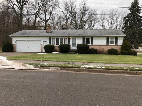 951 Dogwood Avenue NE Photo 1